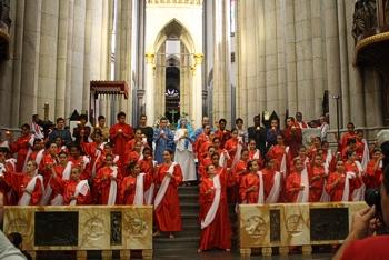 Celebração de Pentecostes na Catedral da Sé